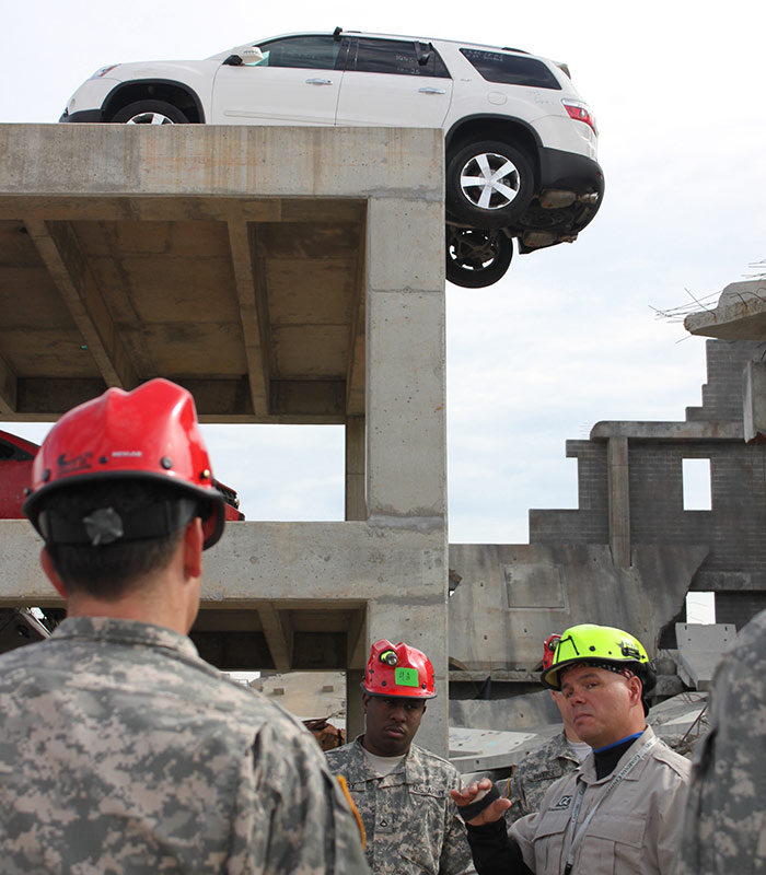 Search and Extraction Familiarization Training