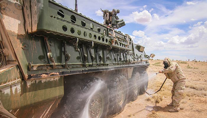 Army Reserve Soldiers Conduct Decon Ops with 1st Armored Division