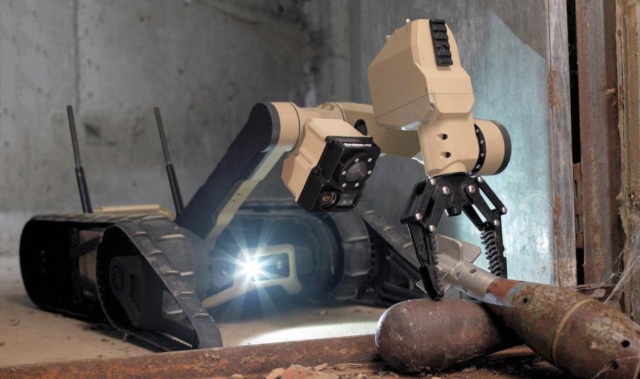 Endeavor Robotics Scorpion - EOD CRS-I Candidate